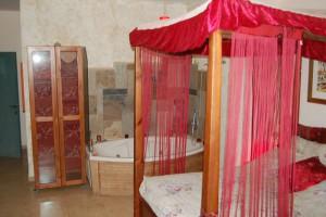 חדרי אירוח קסום-חדר שינה